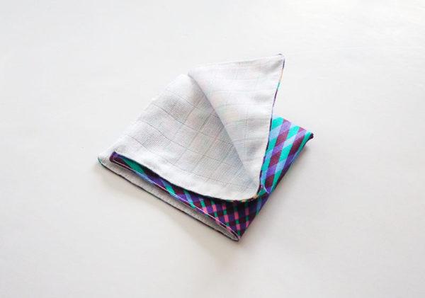 mouchoir en tissu coloré