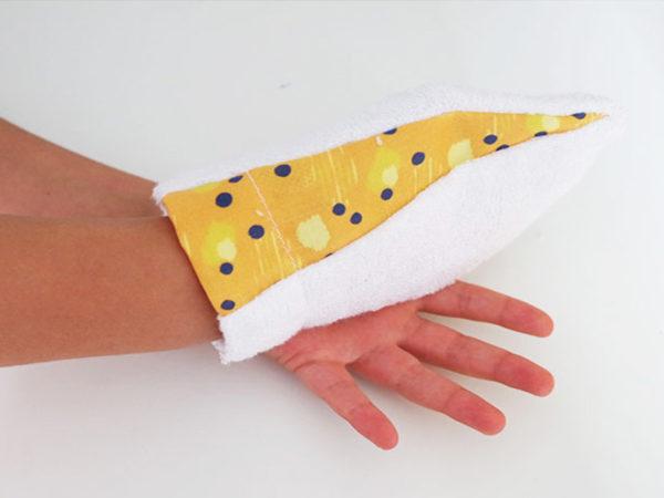 gant démaquillant jaune en bambou ka-ji-ji kajiji
